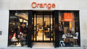 Orange s'associe avec Awox pour étendre son offre Maison Connectée