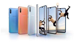 Samsung dévoile le Galaxy A70, un smartphone tout en longueur