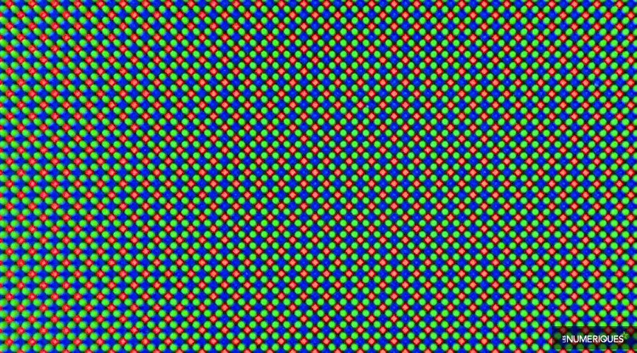 Samsung-galaxy-fold-sous-pixels.jpg