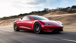 Tesla Roadster : quatre passagers et un large coffre