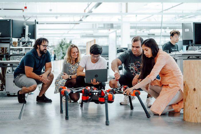 Facebook-hexapod-robot.jpg
