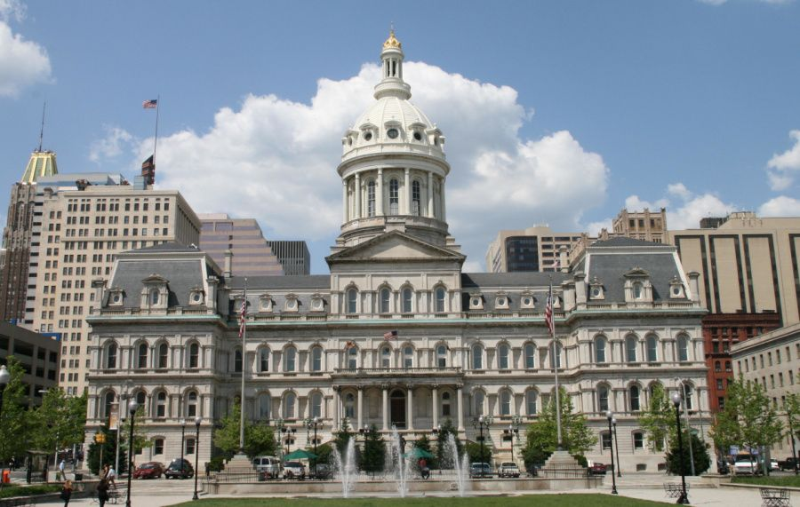 ©Marylandstater_city_hall_baltimore.jpg