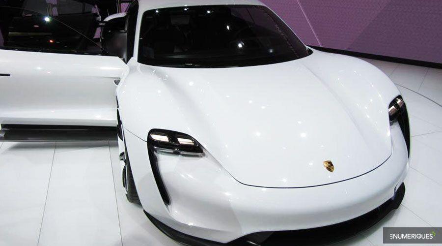 Une Porsche ÉlectriquesLa De Taycan Aura Voitures Vitesses Boîte dtrCshxoQB