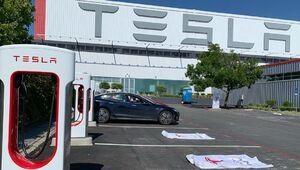 Bornes de recharge: Tesla ouvre son premier Superchargeur V3 à 250 kW