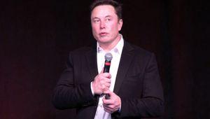 Elon Musk optimiste face aux actionnaires de Tesla et aux Cassandre