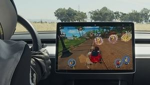 Tesla Arcade, un volant en guise de manette pour jouer dans sa Tesla