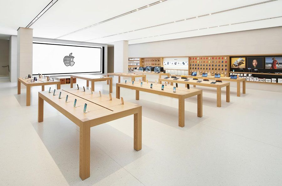 Apple Store - 900.jpg