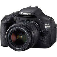 Canon EOS 600D + 18-55 mm f/3,5-5,6 IS II