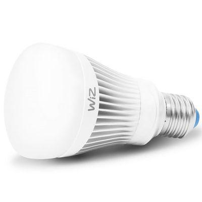 Wiz Color A E27: une ampoule Wi-Fi étonnante