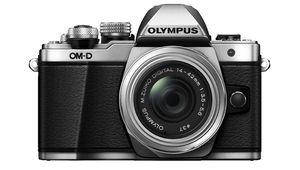 [Épuisé] Soldes 2019 – L'hybride Micro4/3 Olympus E-M10II à 390€