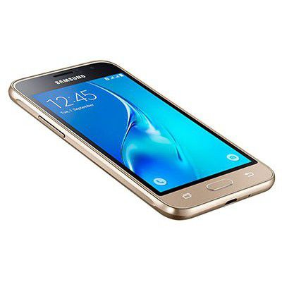 Samsung Galaxy J1 2016 : le Super Amoled en figure de proue