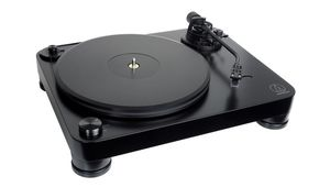 Audio Technica présente sa platine vinyle AT-LP7