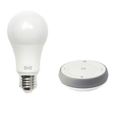 Ikea Trådfri spectre blanc et couleur: une ampoule qui sait faire le chaud!