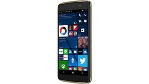 Alcatel sort un Idol 4S sous Windows 10
