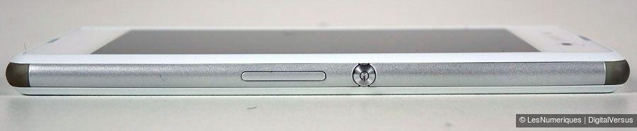 xperia-e3-side2.jpg