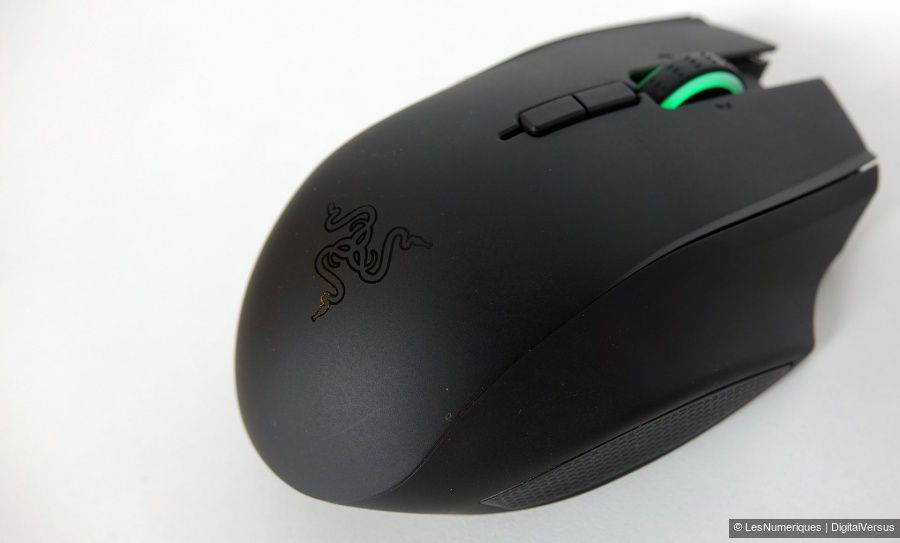 Razer-Naga-Epic-Chroma-emplacement.jpg