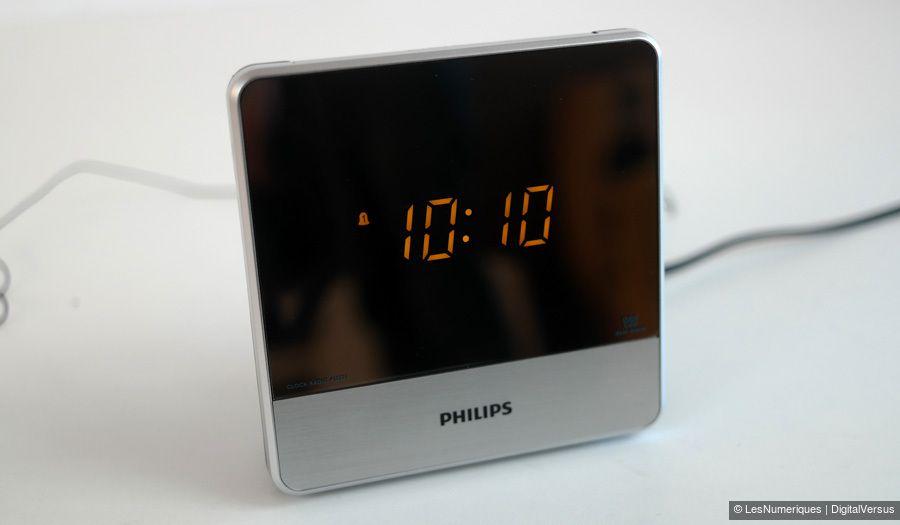 Philips aj3231 12 test complet r veil les num riques - Reveil avec projection de l heure au plafond ...