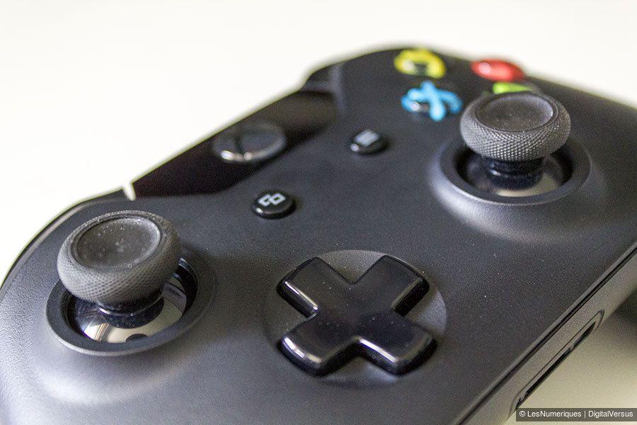 Microsoft-Xbox-One-Gamepad_Test_02.jpg