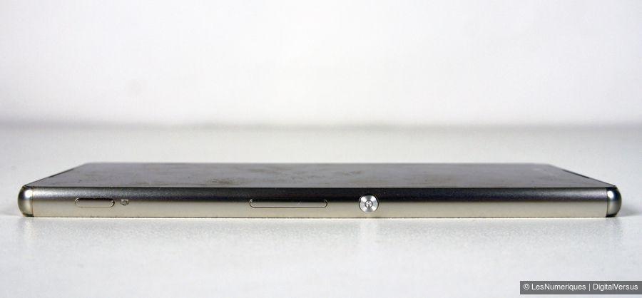 sony-xperia-z3plus-profil.jpg