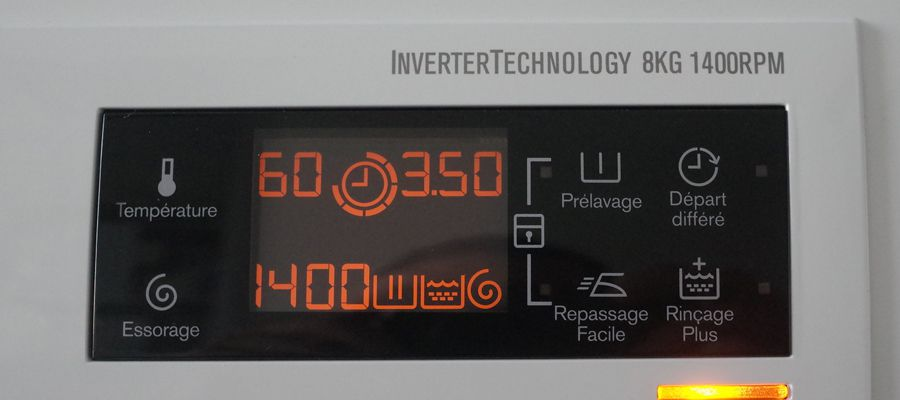 EWF1486GZ1 Panneau contrôle.jpg
