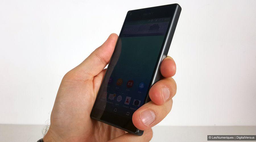 Sony xperia z5 compact face tq main(1)