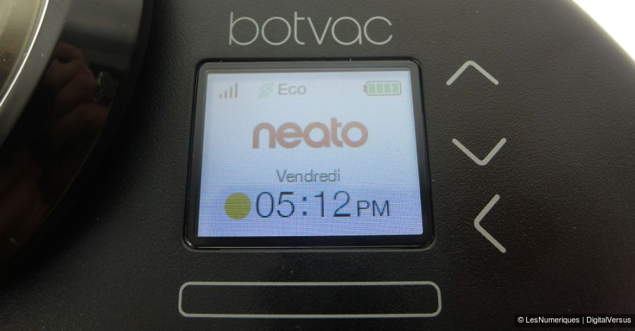Neato Botvac connected ecran couleur