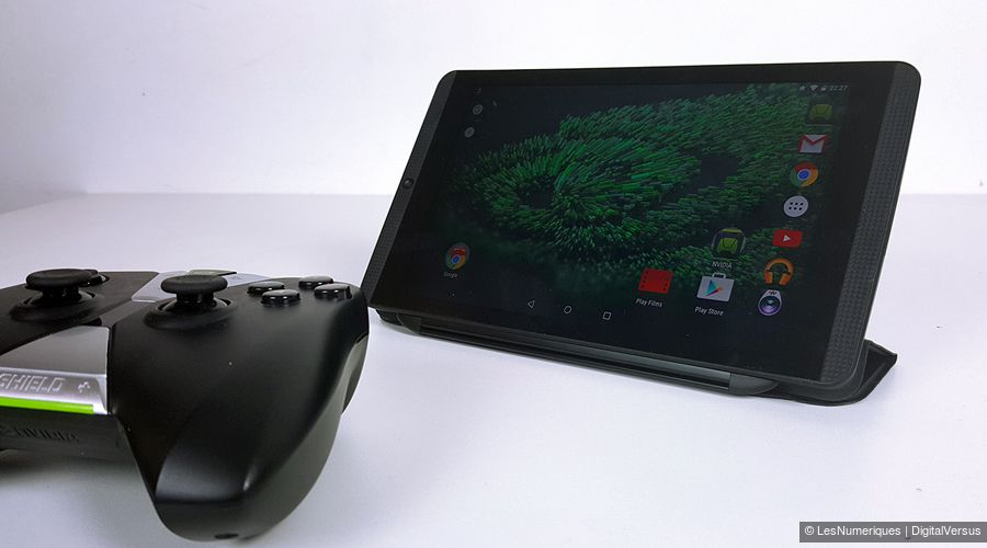 nvidia-shield-tablet-k1-manette.jpg