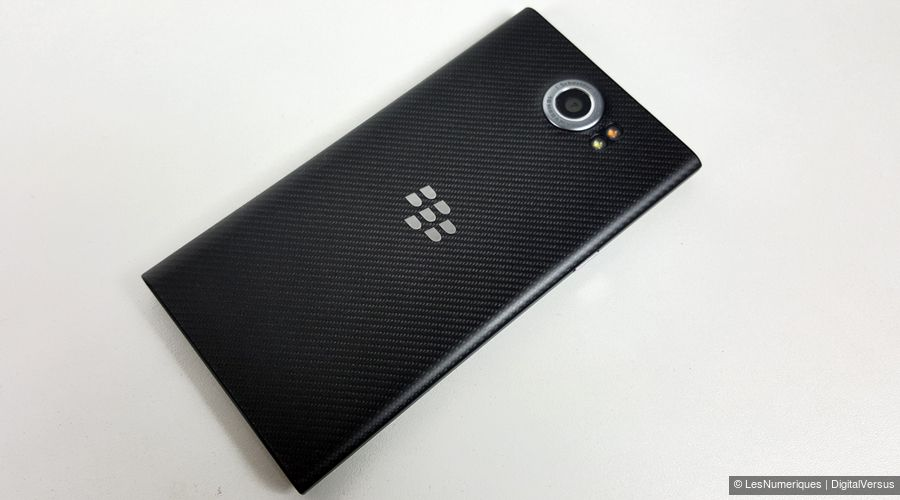 blackberry-priv-dos.jpg