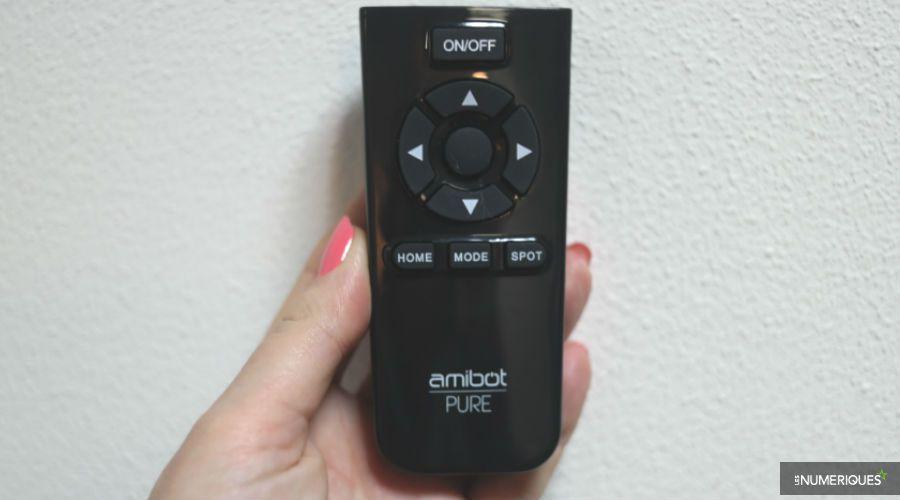 Amibot-PureH2O-telecommande.jpg