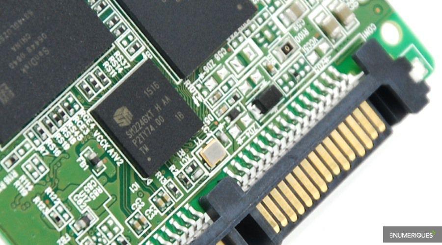 SanDisk SSD Plus 240GB 01(1)
