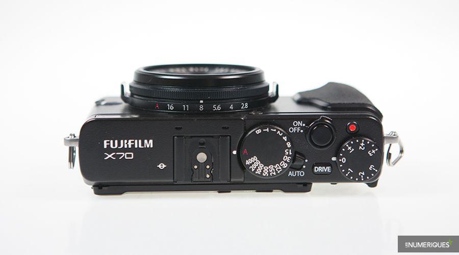 test-fujifilm-xp70-dessus.jpg