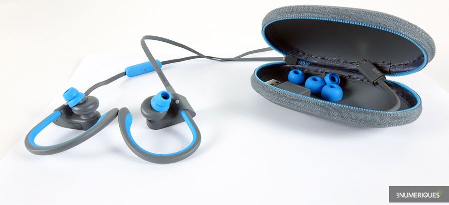 powerbeats-900.JPG