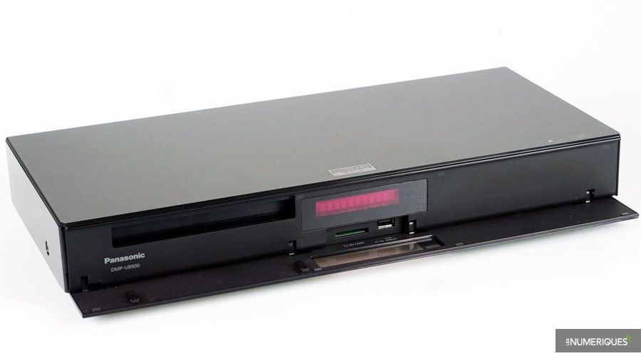 Panasonic-DMP-UB900-1.jpg