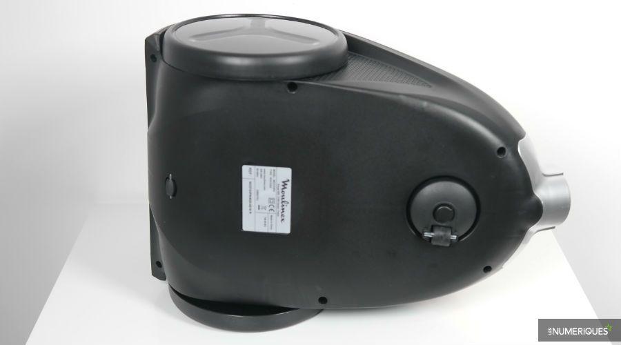 Test-Moulinex-Compact-PowerCyclonic-MO3723PA-dessous.jpg