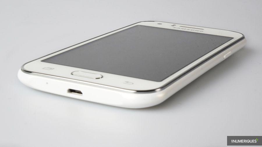 Samsung-Galaxy-J1-bas.jpg