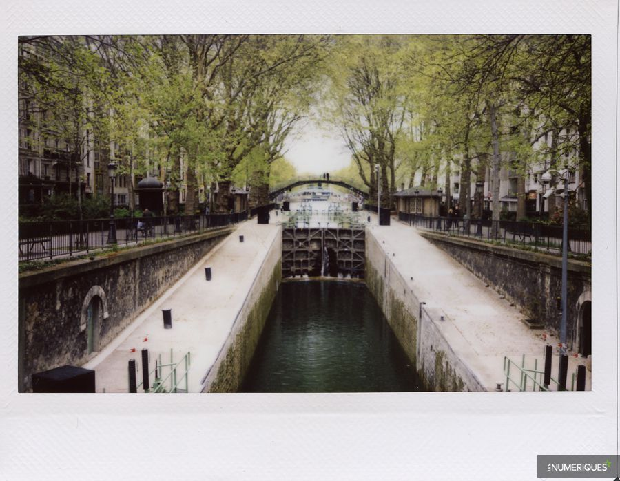 Fujifilm_InstaxWide210_Test_LesNumeriques_CanalSaintMartin.jpg