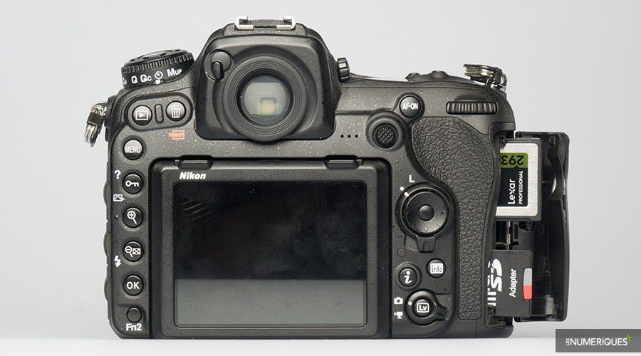 1_Nikon_D500_interface_cartes.jpg