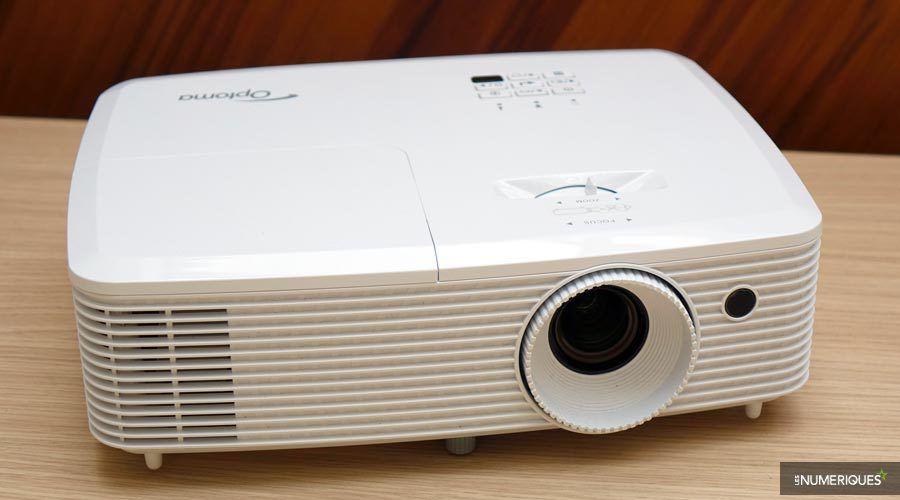 Optoma-HD27-4.jpg