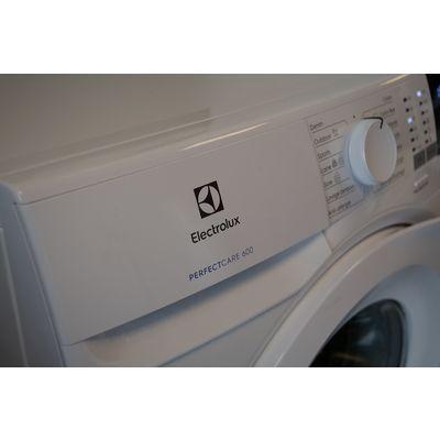 Lave-linge Electrolux Perfect Care 600 EW6F4111RA: nul n'est parfait