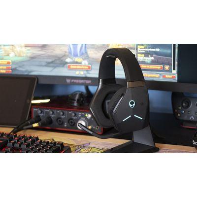 Alienware AW988: un premier casque gaming sans fil soigné