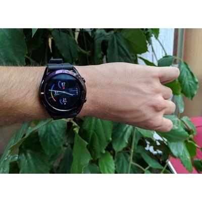 Huawei Watch GT Elegant: plus menue mais toujours performante