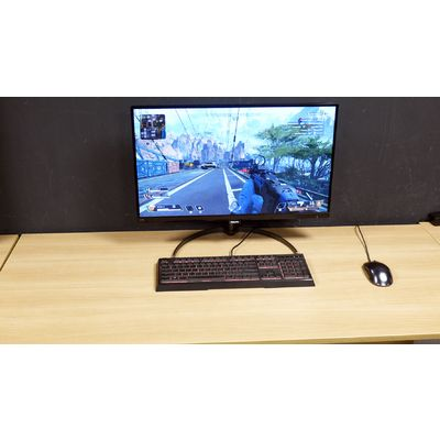 Philips 276E8VJSB : un moniteur 27 pouces Ultra HD IPS abordable