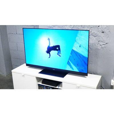 Panasonic TX-55GZ1500 : un téléviseur avec une barre de son Dolby Atmos