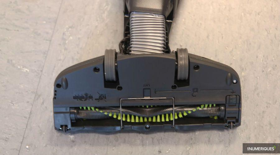 Test-Electrolux-ultrapower-brosse-dessous.jpg