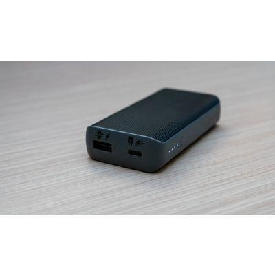 Mophie Powerstation PD : une batterie d'appoint bien finie