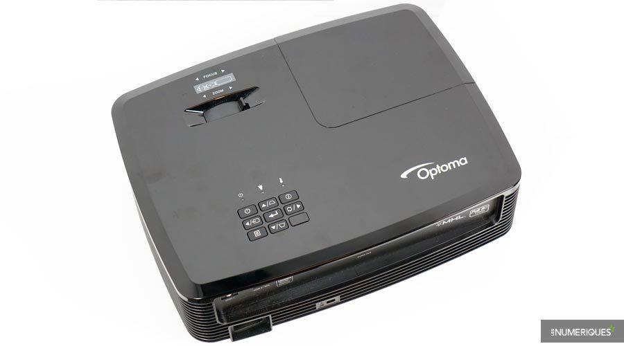 1_Optoma-HD142X-4.jpg