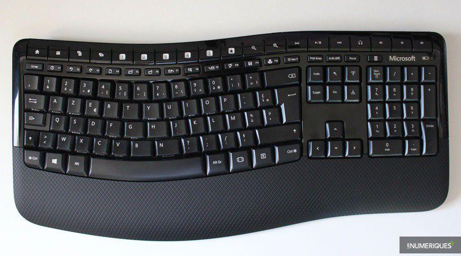 Microsoft_Wireless-Comfort-5050-Desktop_Test_01.jpg