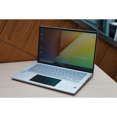Test : Asus Vivobook S14 avec ScreenPad : un deuxième écran pour doubler sa productivité ?