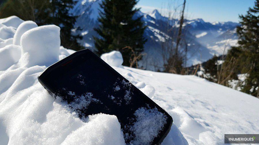 crosscall-trekker-x3-neige.jpg