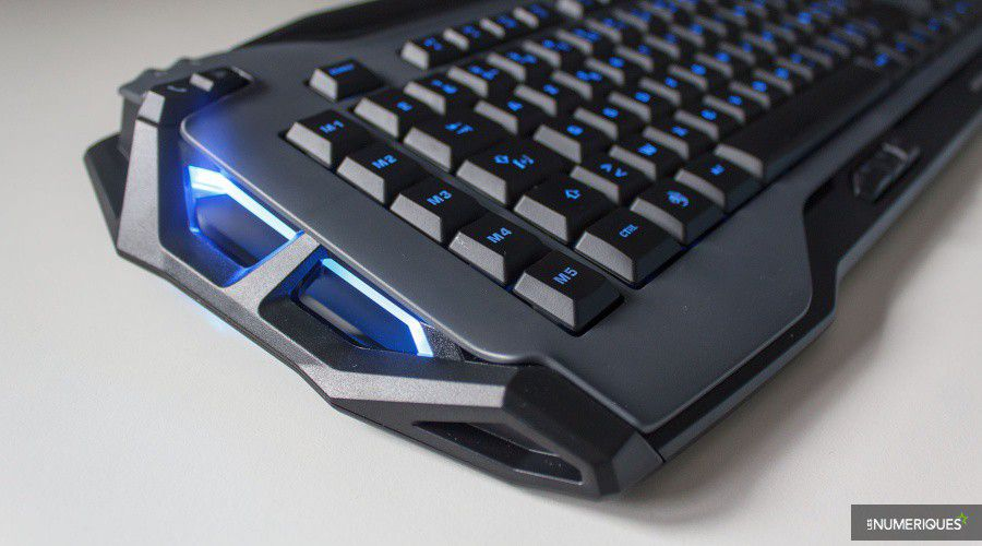 Roccat_Skeltr_Test_05.jpg
